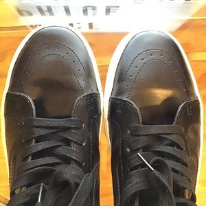 Men's Black leather Vans
